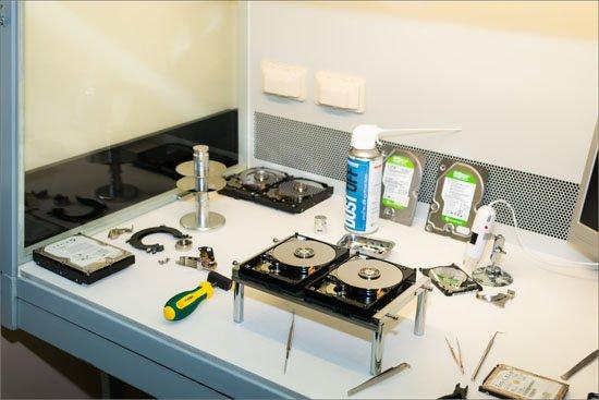 Чистая комната лаборатории DiscRecovery